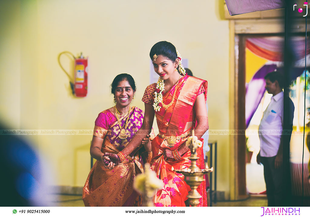 Best Candid Wedding Photography In Salem 36