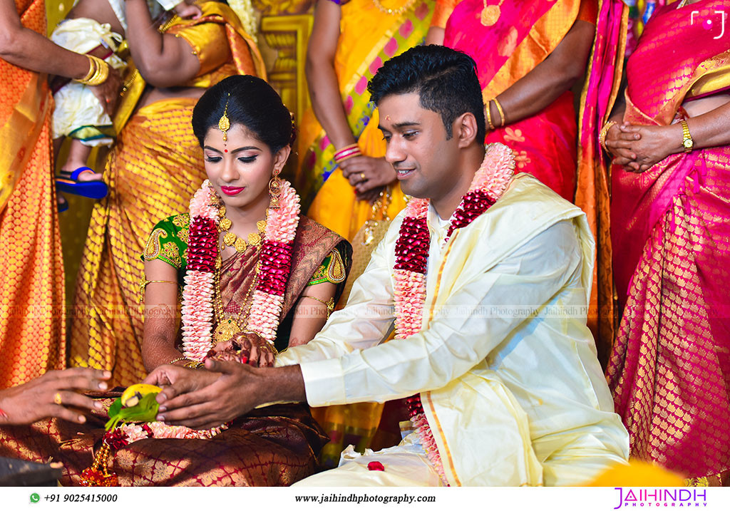 Best Candid Wedding Photography In Salem 92