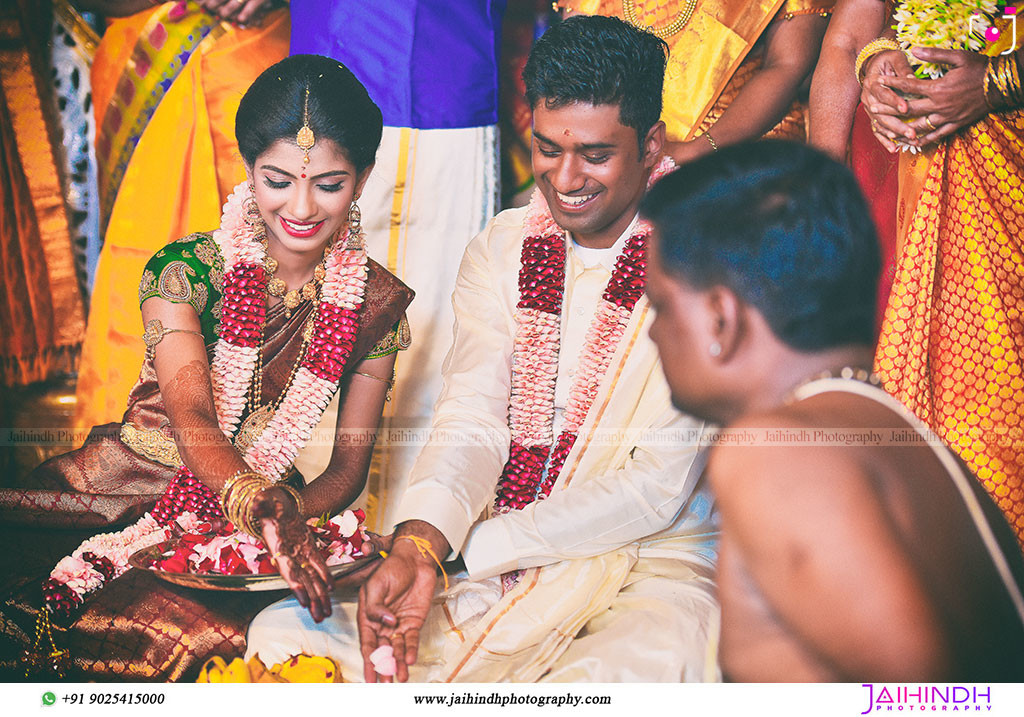 Best Candid Wedding Photography In Salem 93