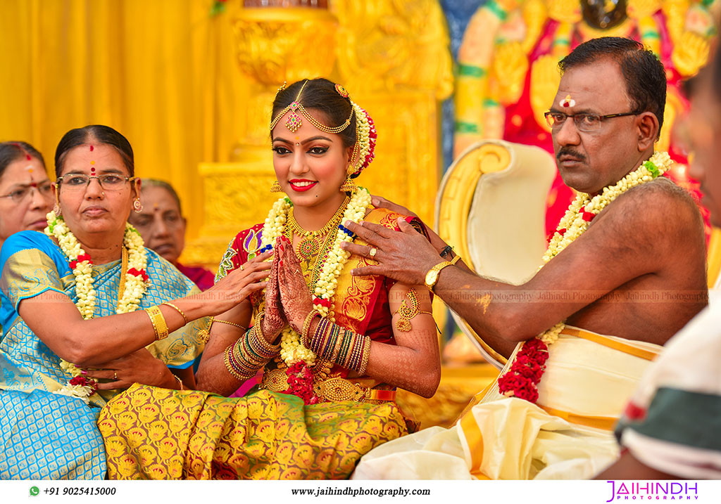 sourashtra-candid-wedding-photography-in-madurai-36