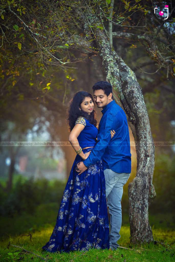 Post Wedding Photography In Kodaikanal, Pre Wedding Photography In Kodaikanal, Outdoor Photography In Kodaikanal, Outdoor Photoshoot In Kodaikanal Post Wedding Photography Ideas, Wedding Couples Photos Poses Ideas, Pose Ideas Couples Photos In Kodaikanal