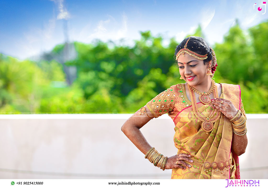 Candid Wedding Photography In Ponnamaravathi 40