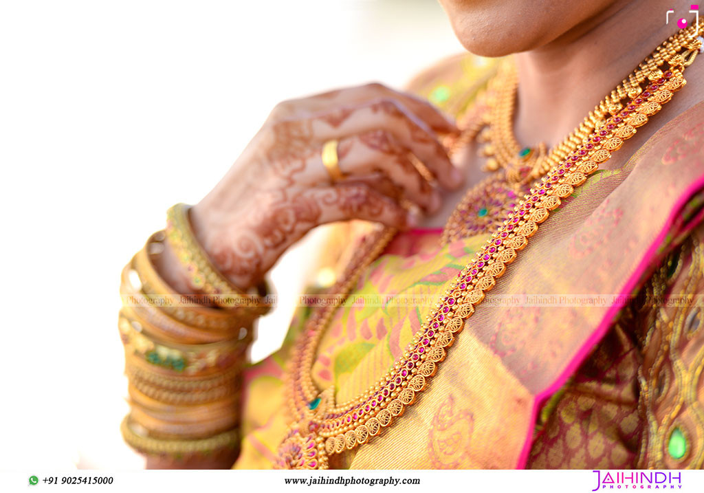 Candid Wedding Photography In Ponnamaravathi 41