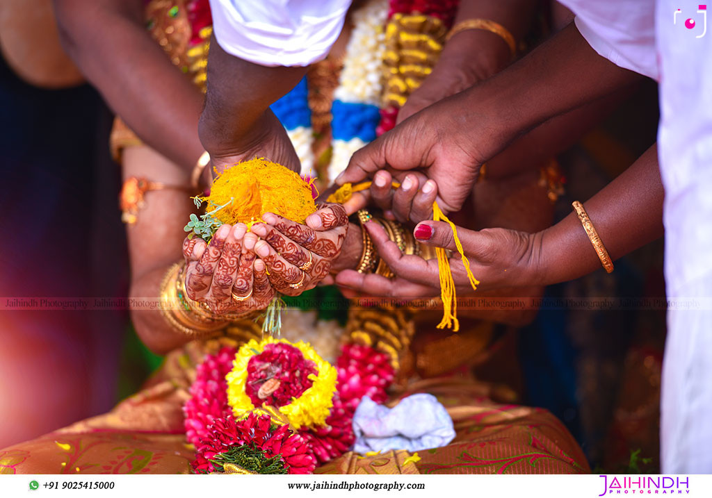 Candid Wedding Photography In Ponnamaravathi 49