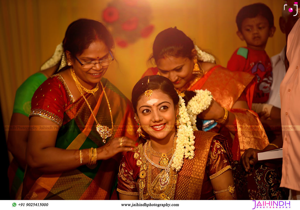 Candid Wedding Photography In Ponnamaravathi 5