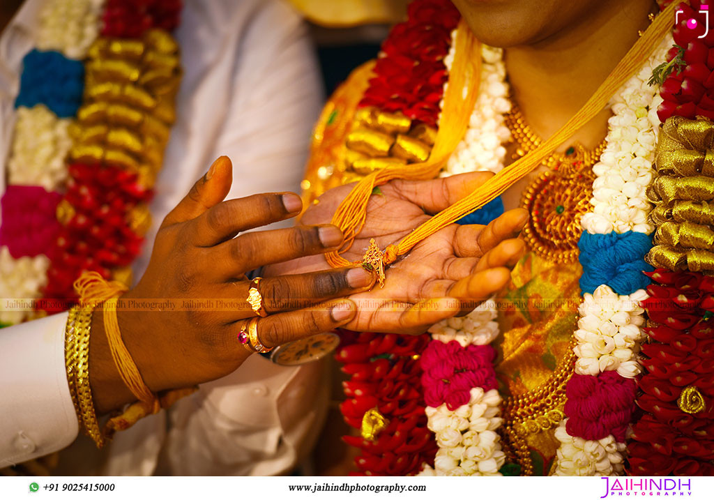Candid Wedding Photography In Ponnamaravathi 58