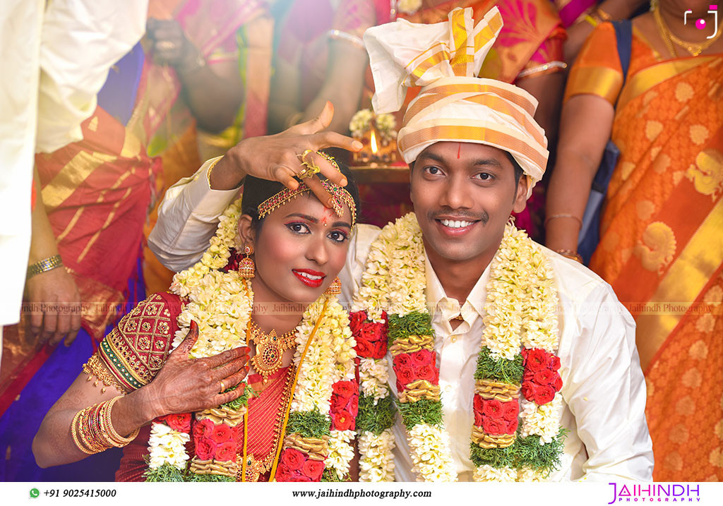 Candid Wedding Photography In Kanchipuram 57