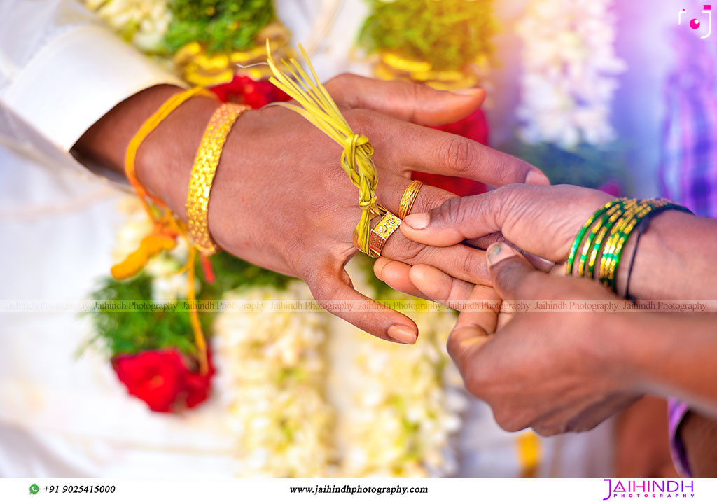 Candid Wedding Photography In Kanchipuram 61