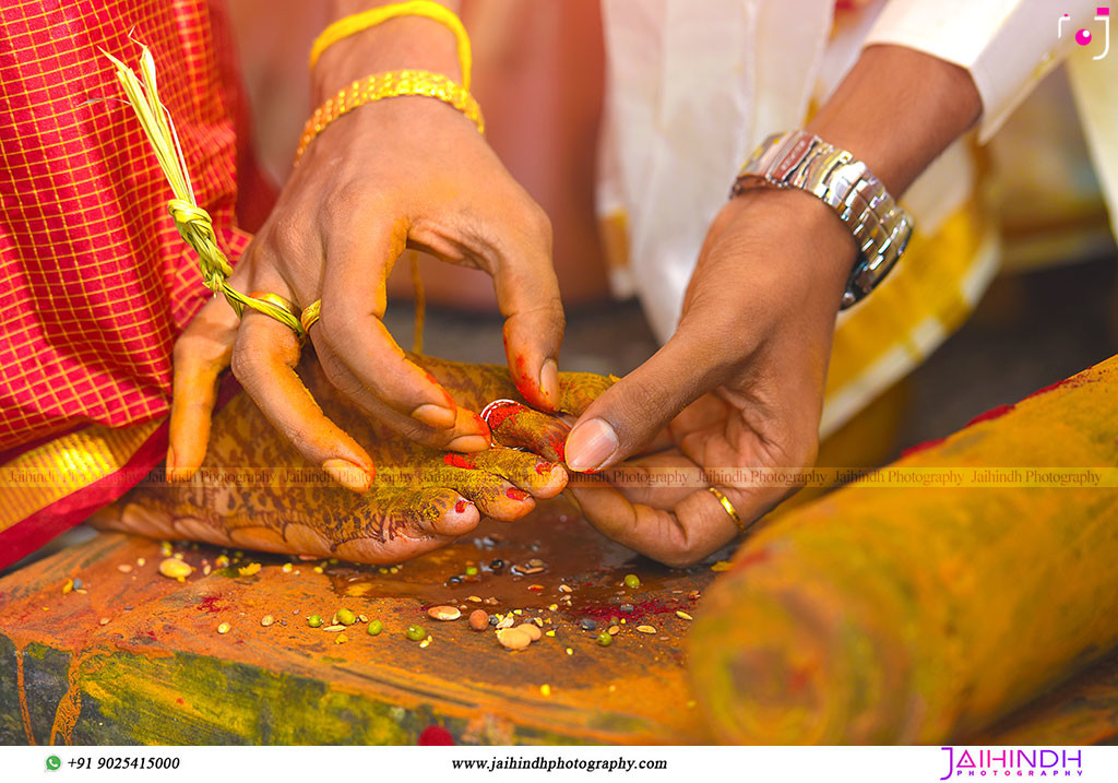 Candid Wedding Photography In Kanchipuram 64