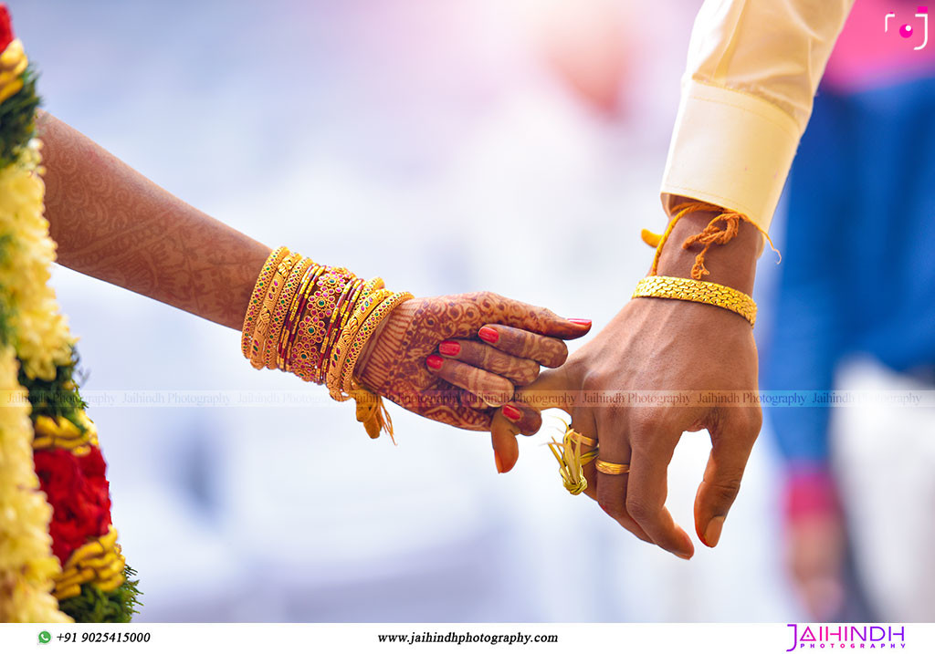 Candid Wedding Photography In Kanchipuram 67