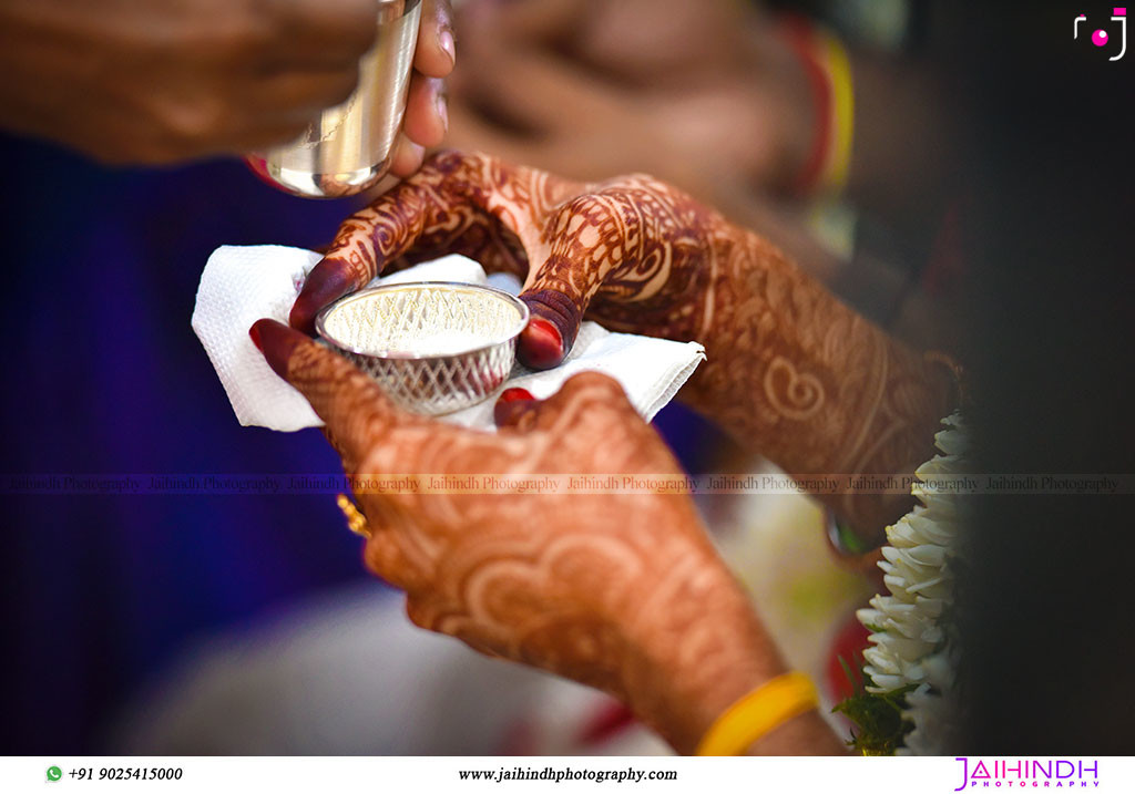 Candid Wedding Photography In Chennai 108 - Jaihind Photography
