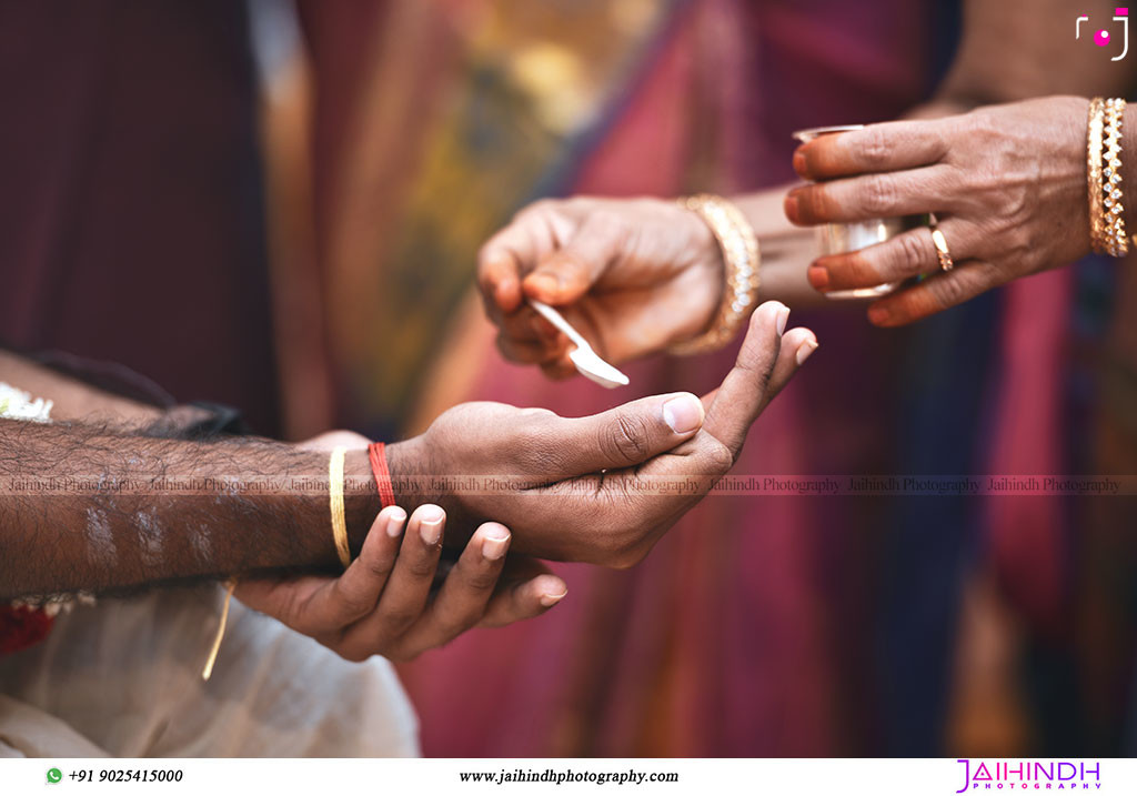 Candid Wedding Photography In Chennai 120 - Jaihind Photography