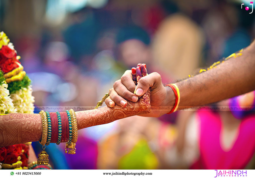 Candid Wedding Photography In Chennai 128 - Jaihind Photography