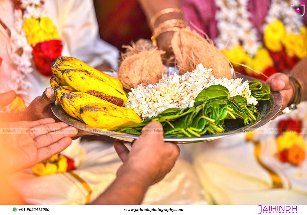 Candid Wedding Photography In Ambasamudram051