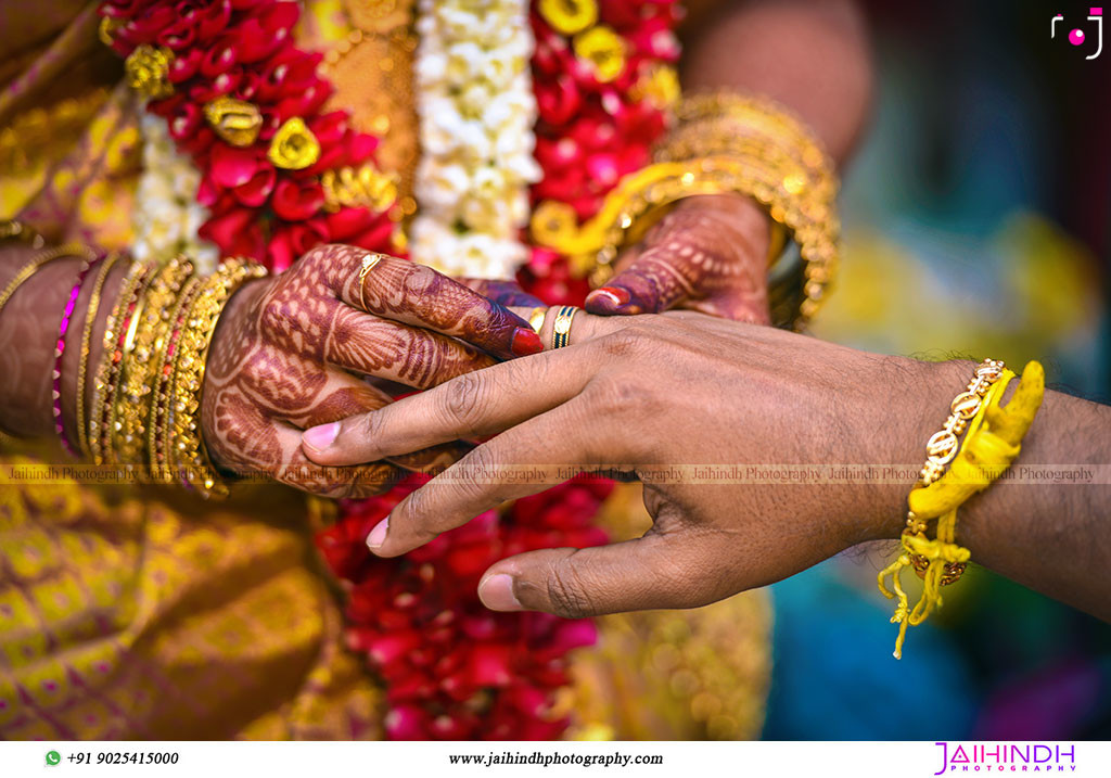 Candid Wedding Photography In Ambasamudram054