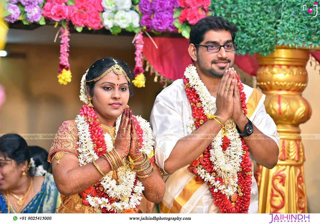 Candid Wedding Photography In Ambasamudram056