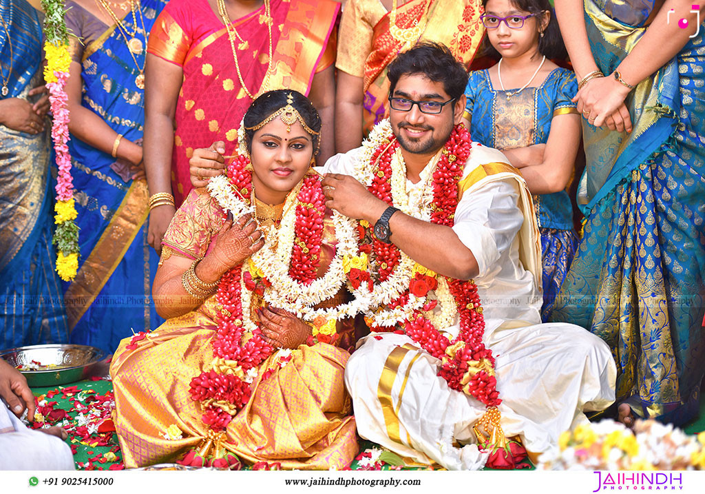 Candid Wedding Photography In Ambasamudram060