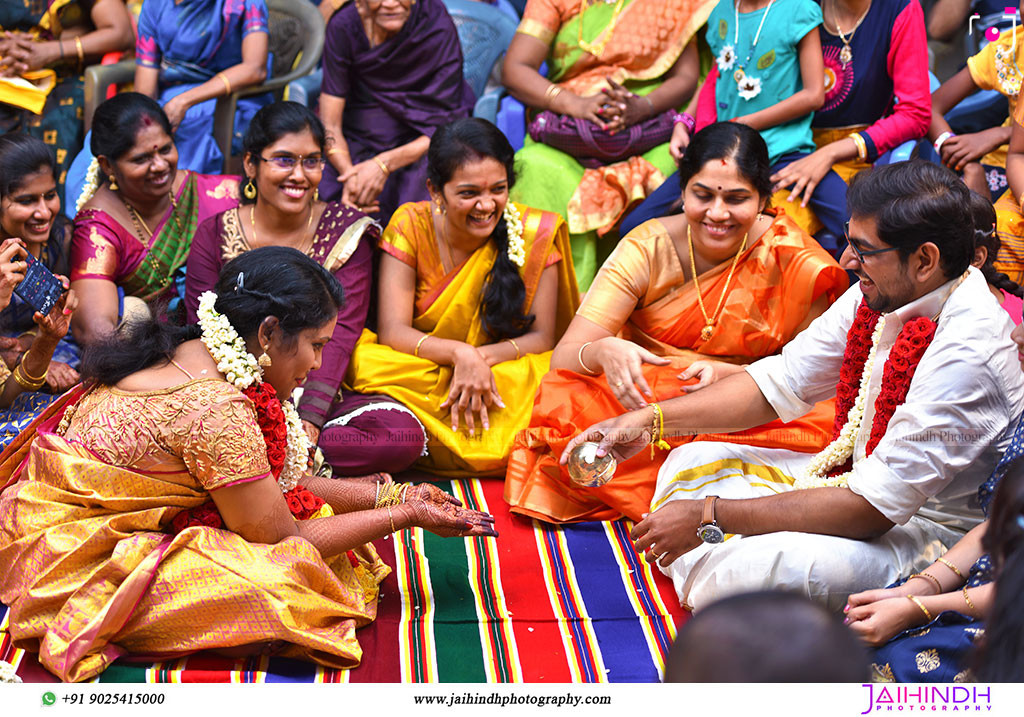 Candid Wedding Photography In Ambasamudram070