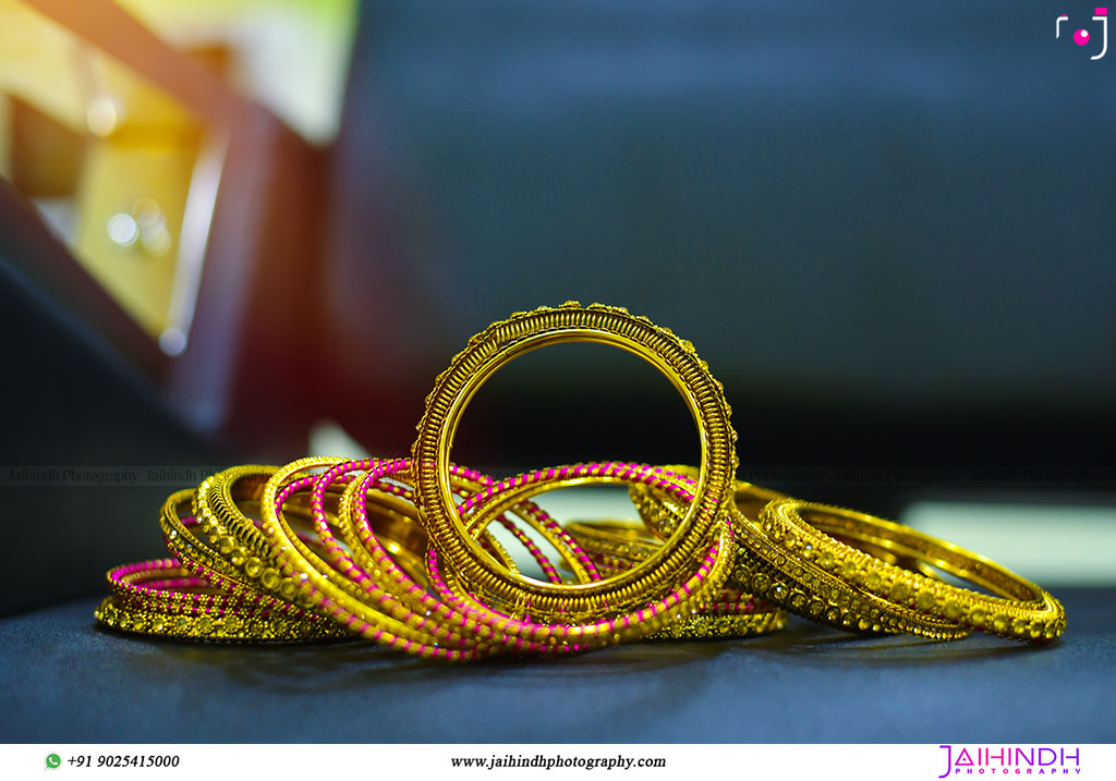 Best-Professional-Engagement-Photographers-in-Madurai_01