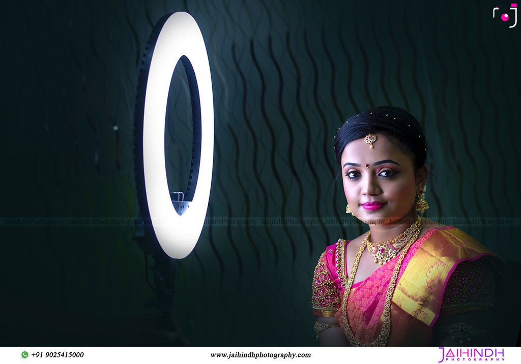 Best-Professional-Engagement-Photographers-in-Madurai_18