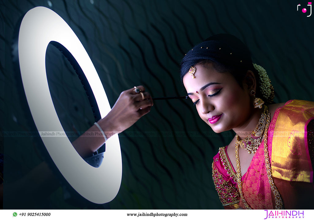 Best-Professional-Engagement-Photographers-in-Madurai_19