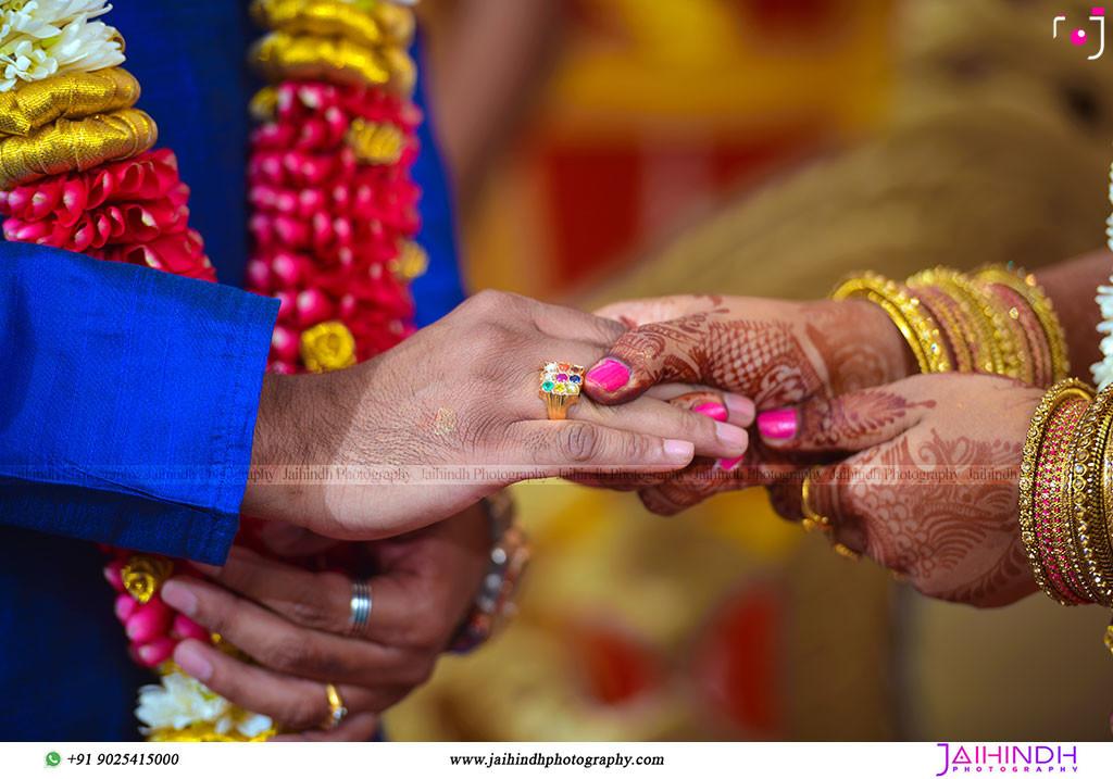Best-Professional-Engagement-Photographers-in-Madurai_51