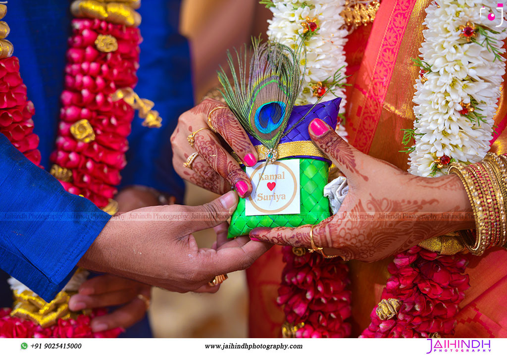 Best-Professional-Engagement-Photographers-in-Madurai_54