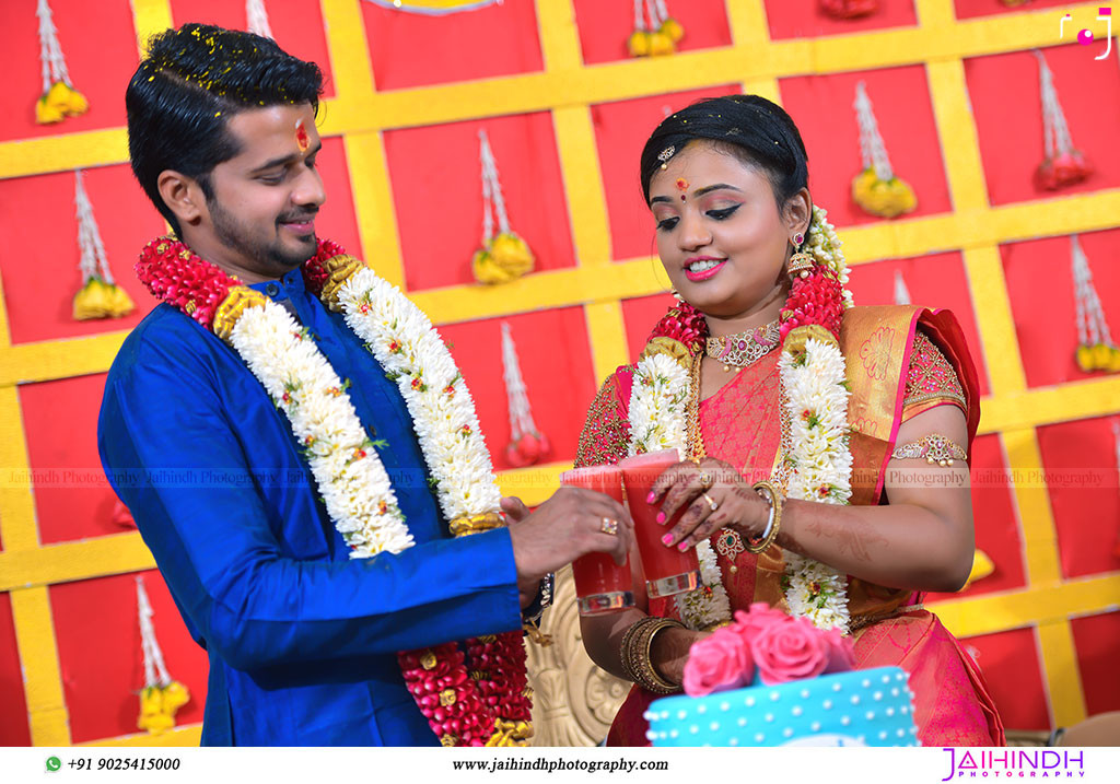 Best-Professional-Engagement-Photographers-in-Madurai_60