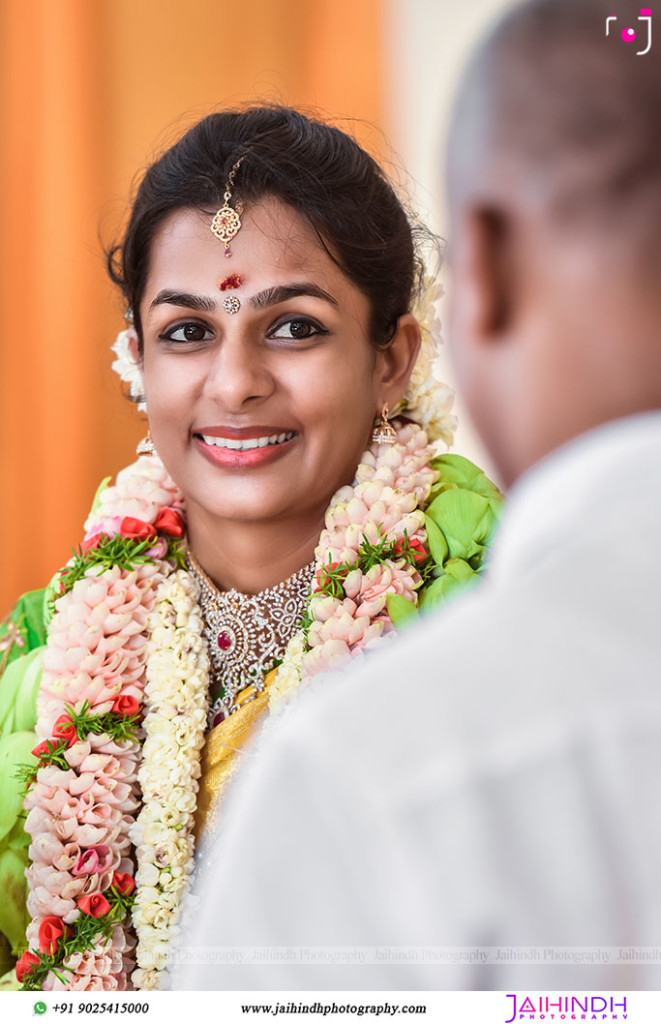 Candid Wedding Photography In Kutralam 16
