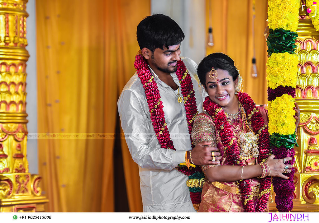 Candid Wedding Photography In Kutralam 87